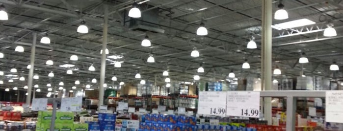 Costco Wholesale is one of Td.
