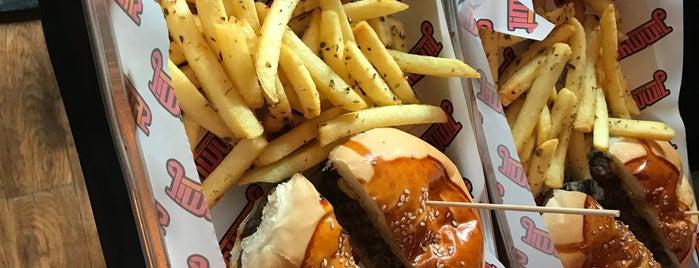 Jimmy's Burger is one of Locais salvos de Aydın.