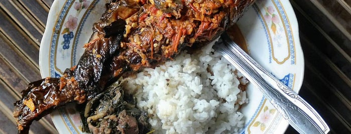 Gudeg & Mangut Lele Geneng Mbah Marto is one of Food 1.