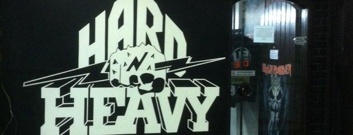 Hard & Heavy is one of Tamara 님이 저장한 장소.