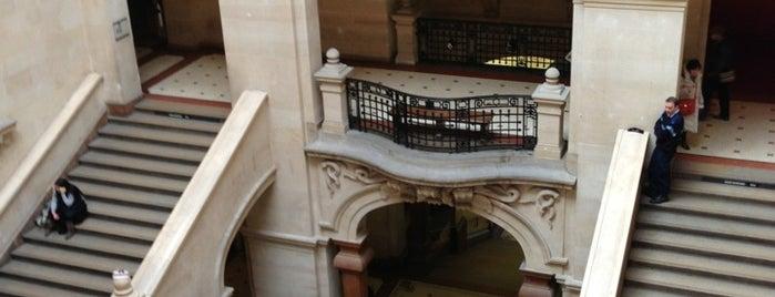 Palais de Rumine is one of Yannis : понравившиеся места.