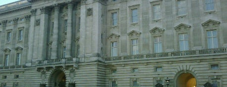 Palacio de Buckingham is one of London City Guide.