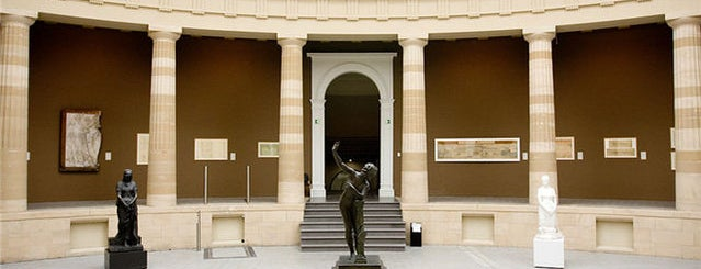 Museo de Bellas Artes (MSK) is one of #9000 Checken..