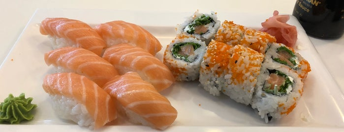 Sushi Cross is one of KaiZenさんのお気に入りスポット.