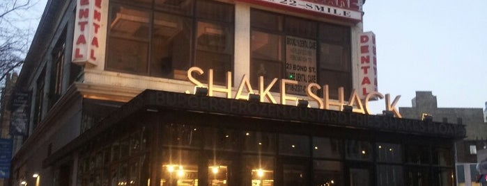Shake Shack is one of Lieux qui ont plu à Erik.