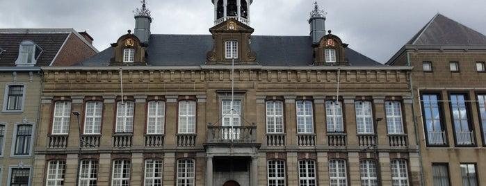 Markt is one of Around NL.