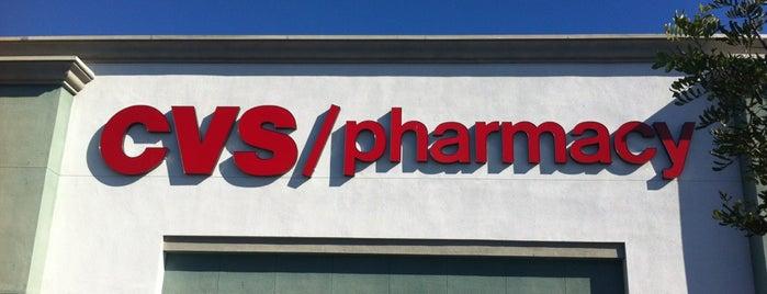 CVS pharmacy is one of Lieux qui ont plu à Barry.