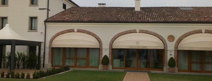 Villa Solaris Hotel & Residence is one of สถานที่ที่ Tulga ถูกใจ.