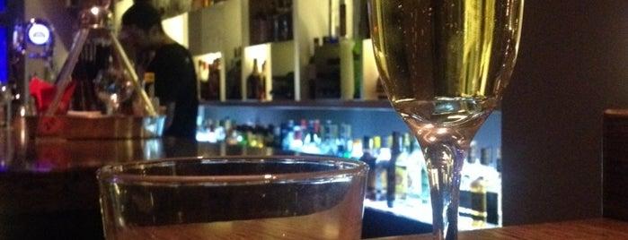 Μπούφος is one of drinks.