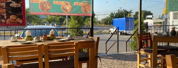 La Mestiza is one of Tempat yang Disukai Armando.