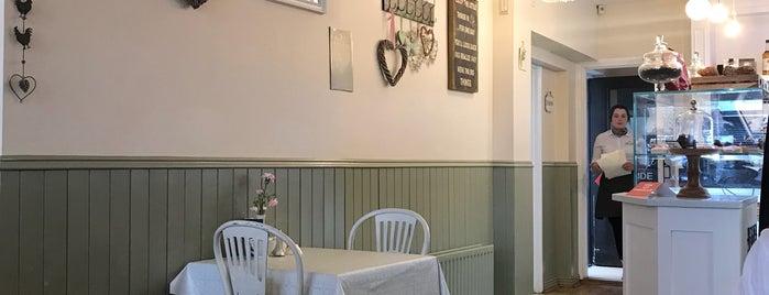 Primrose Cafe is one of Locais curtidos por Arianna.