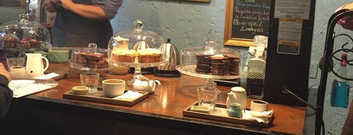 Café Avellaneda is one of Posti che sono piaciuti a Ernesto.