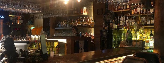 BARN Lounge is one of Orte, die Jeff gefallen.