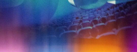 Cineworld IMAX is one of Posti che sono piaciuti a N.