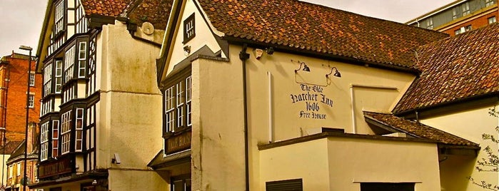 Hatchet Inn is one of UK and Ireland bar/pub.