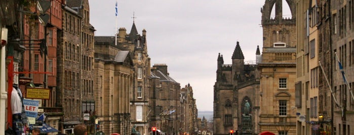 Castlehill is one of Edinburgh.