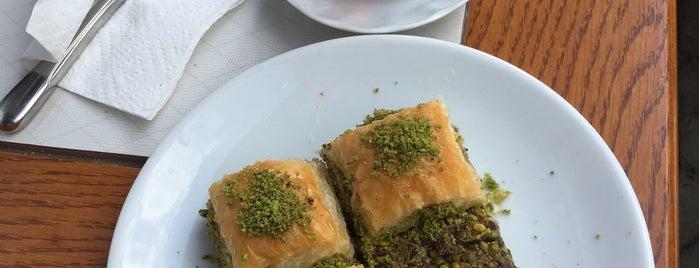 Fıstık İçi Tatlı & Pastane is one of Hamdi ile gezelim yiyelim.