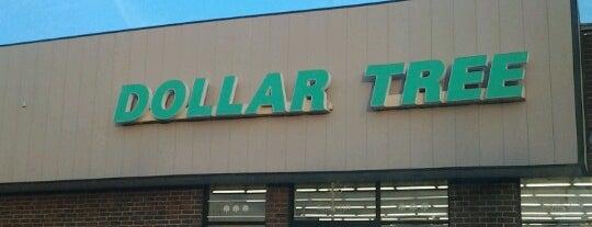 Dollar Tree is one of Orte, die Miranda gefallen.