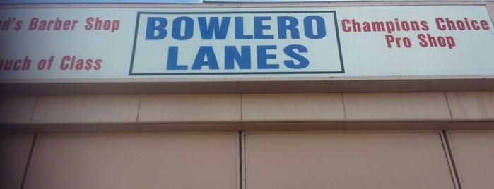 Bowlero Lanes is one of Tempat yang Disukai Liz.