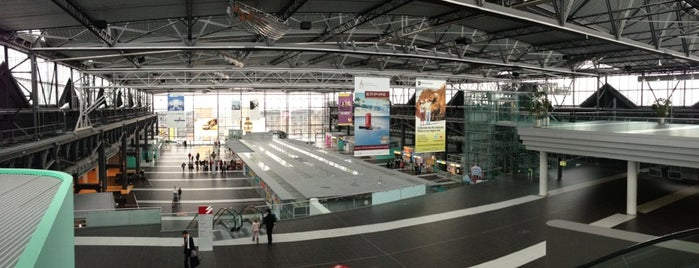 Flughafen Dresden International (DRS) is one of airports.