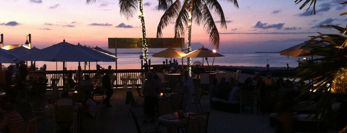 Snook's Bayside Restaurant & Grand Tiki is one of Posti che sono piaciuti a Val.