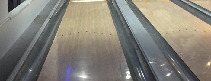 Park Afyon Bowling is one of Arzu 님이 좋아한 장소.