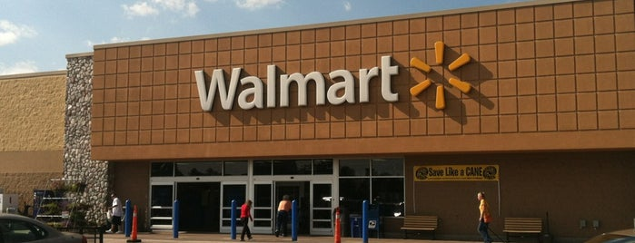 Walmart Supercenter is one of Lieux qui ont plu à 🎀lily.