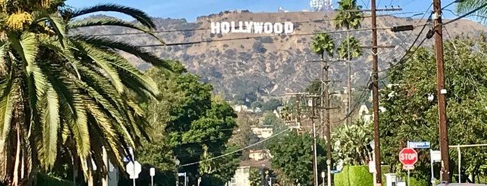 Hollywoodland Gates is one of Lieux sauvegardés par Michelle.