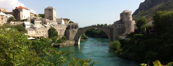 Mostar Köprüsü is one of Gidilip görülmesi gereken mekanlar.