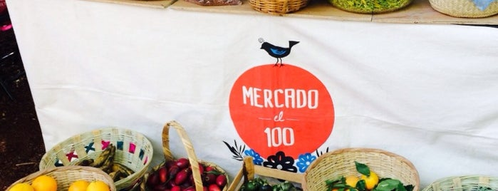 Mercado el 100 is one of Things I loved in Mexico City.