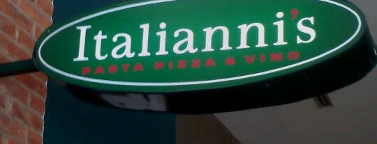 Italianni's is one of Tempat yang Disukai Sergio M. 🇲🇽🇧🇷🇱🇷.