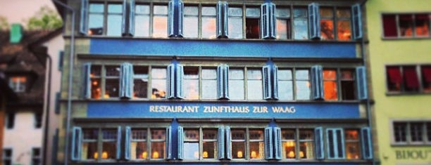 Zunfthaus zur Waag is one of Hemeraさんのお気に入りスポット.