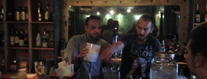 Escobar is one of Posti che sono piaciuti a Giannis.