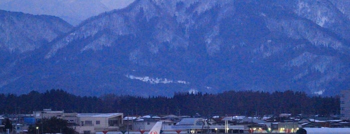 Yamagata Airport (GAJ) is one of Orte, die 高井 gefallen.