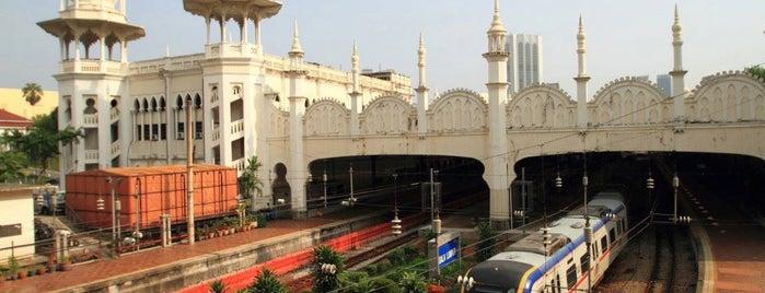 KTM Komuter Kuala Lumpur (KA02) Station is one of Locais curtidos por 高井.