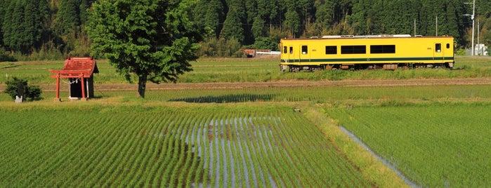 いすみ鉄道 祠ポイント is one of 高井 : понравившиеся места.