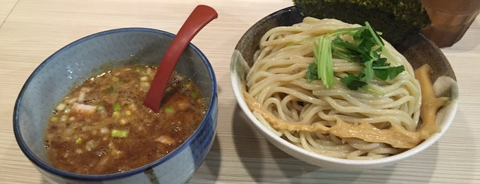 麺場 風天 is one of Lugares favoritos de 高井.