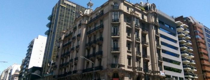 San Nicolás is one of Posti che sono piaciuti a Fernando.
