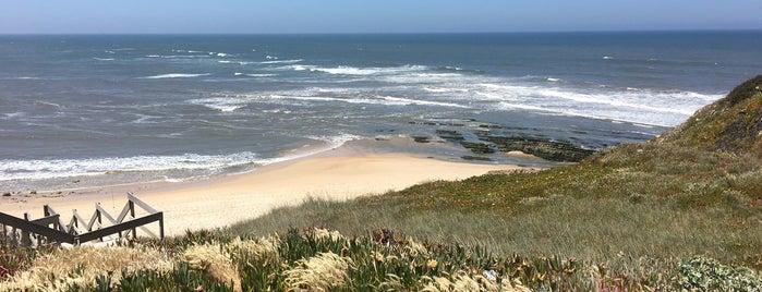 Praia da Polvoeira is one of Aqui Há Frescas — Centro/Sul.