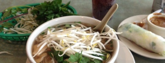 Pho Hien Vuong is one of Food.