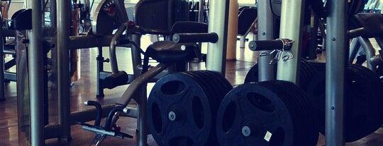 Sports & Fitness Center is one of Erkan'ın Beğendiği Mekanlar.