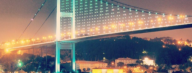 Bosporus-Brücke is one of Go Ahead, Be A Tourist.
