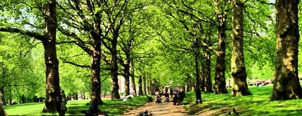 Green Park is one of LONDON.