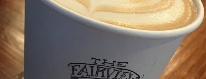 The Fairview Coffee Bar & Grub is one of Lugares favoritos de Cristina.