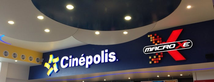Cinépolis is one of Lugares favoritos de Armando.