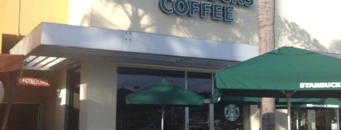 Starbucks is one of Locais curtidos por Amy.