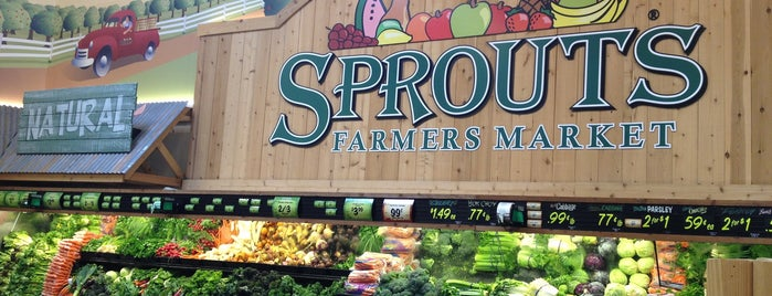 Sprouts Farmers Market is one of Lieux qui ont plu à gary.
