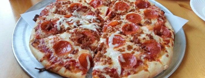 Pizza Works is one of Lieux qui ont plu à Jaden.