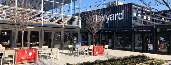 Boxyard is one of Locais curtidos por Lori.