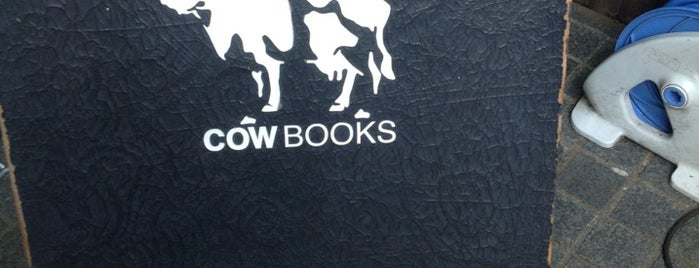 COW BOOKS 南青山 is one of Book.